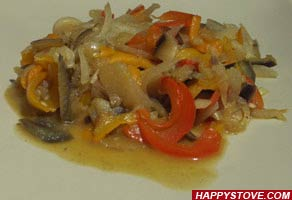 Saute of Marinated Vegetables with Red Curry - By happystove.com