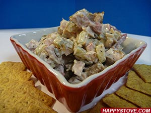 Chicken and Pickled Cucumbers Salad - By happystove.com