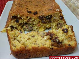Ruth's Pinza, an Italian Traditional Fruit Cake - By happystove.com