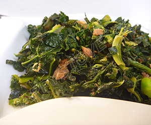 Stir Fried Kale with Cubed Ham - By happystove.com