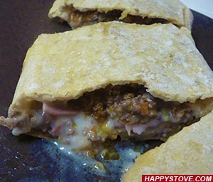 Meat Pizza Pie - By happystove.com