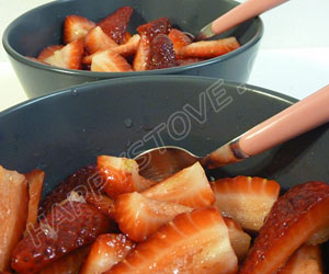 Strawberries with Lemon and Sugar