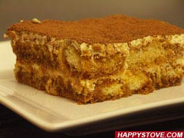 Traditional Tiramisu Cake - By happystove.com